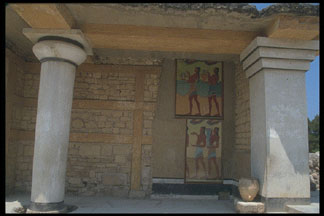 a comparison of the palaces of three ancient greek societies trojan minoan and mycenaean Minoan and mycenean influence on ancient greece reflected in three aspects of minoan influence on western society today ancient greece was known.