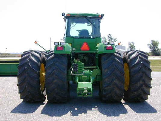 Large 4 Wheel Drive Tractors : Large four wheel drive tractor