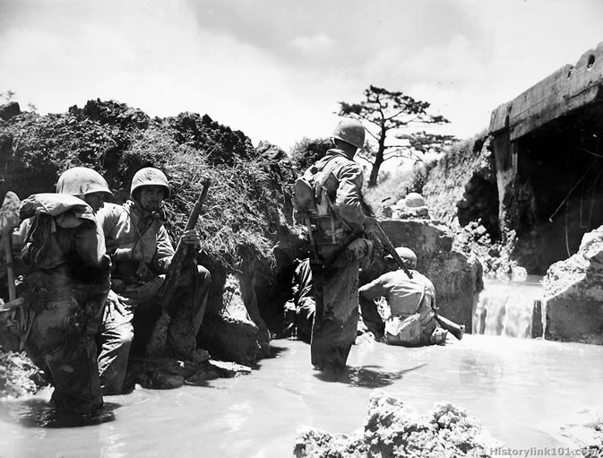 Pictures of the Marines in the Pacific durning World War ...