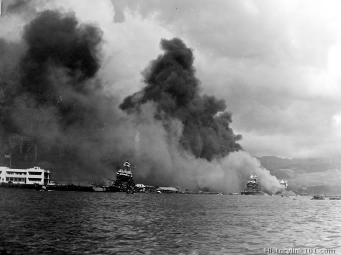 reasons for the attack on pearl harbor The final major reason behind japan's decision to attack the us fleet at pearl harbor on 7 december 1941 was due to long and short term factors over the timing of the attack, as japan's generals and admirals' believed that it would be better to attack the us in the short-term, in order to overcome us economic sanctions and due to their.